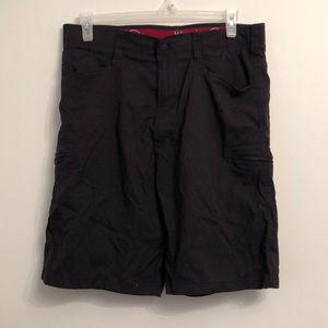 Wrangler outdoor size 38 cargo black shorts